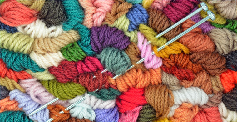 Yarn Knitting : Clipart Ball Of Yarn And Knitting Needles Forming A Frame Of White ...